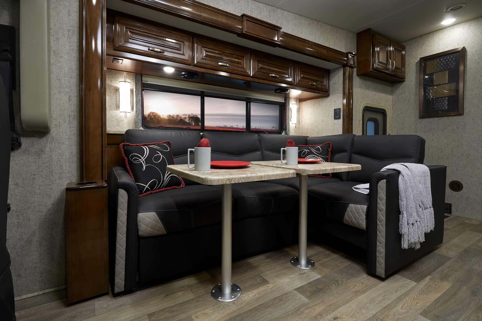 A Class C Toy Hauler Motorhomes Outlaw A Large likewise Toy Haulers Outlaw Class A Rv furthermore Motorhomemanufacturersfactorytours in addition Img X besides A E B B E Bb Fc F. on thor motor coach toy hauler floor plans