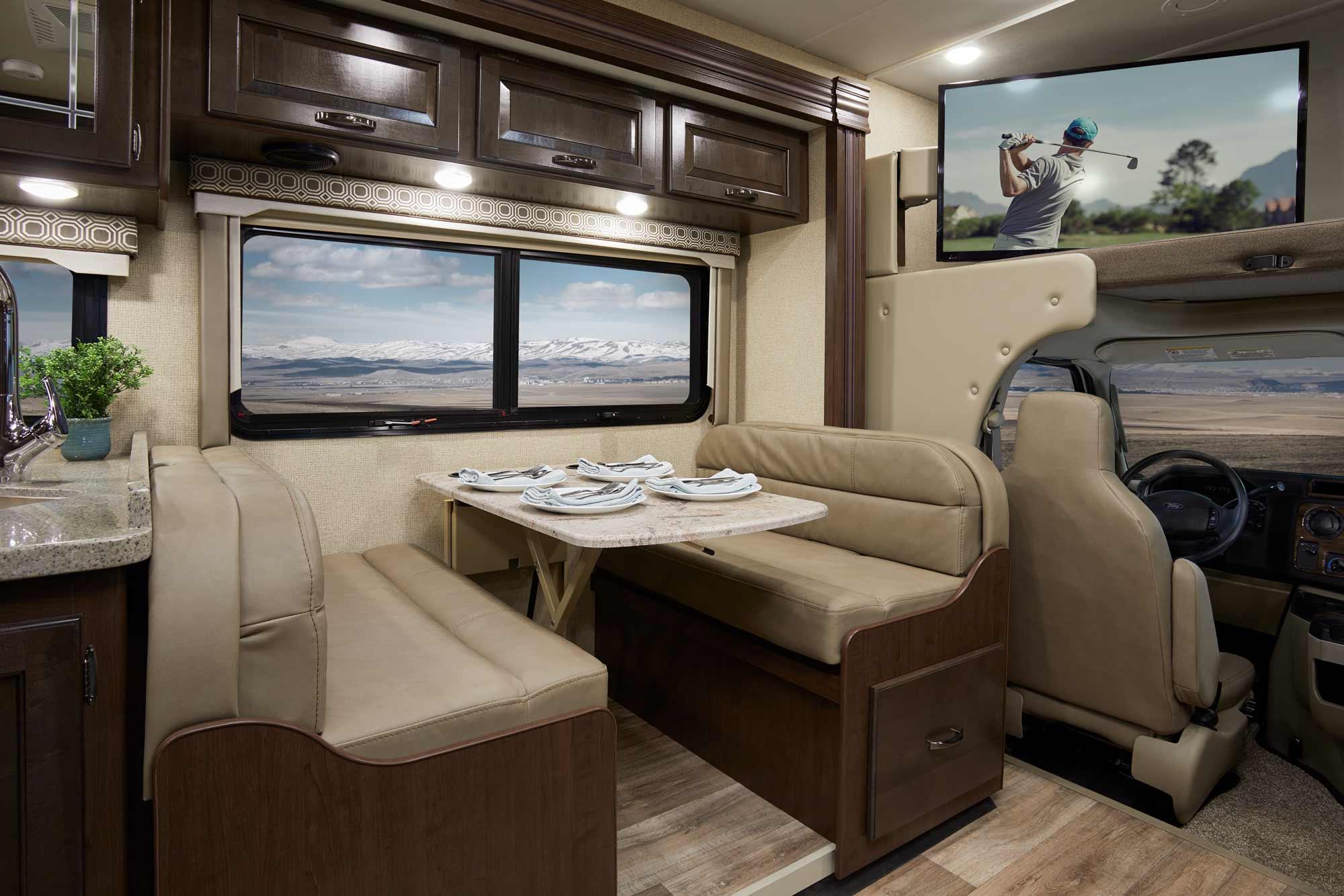 Four Winds Class C Motorhomes | Thor Motor Coach