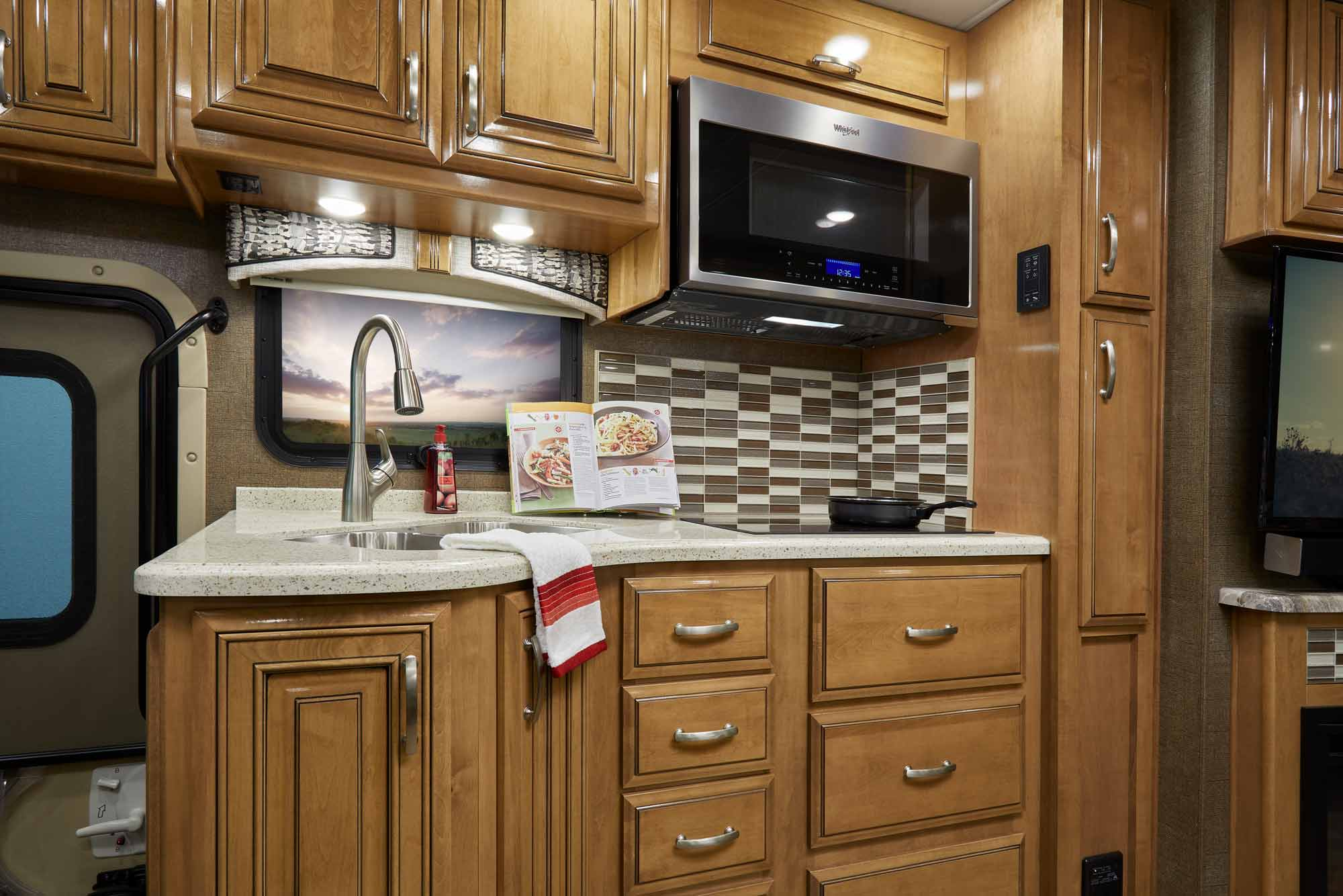 interior of kitchen palazzo class a diesel motorhomes thor motor coach 12715