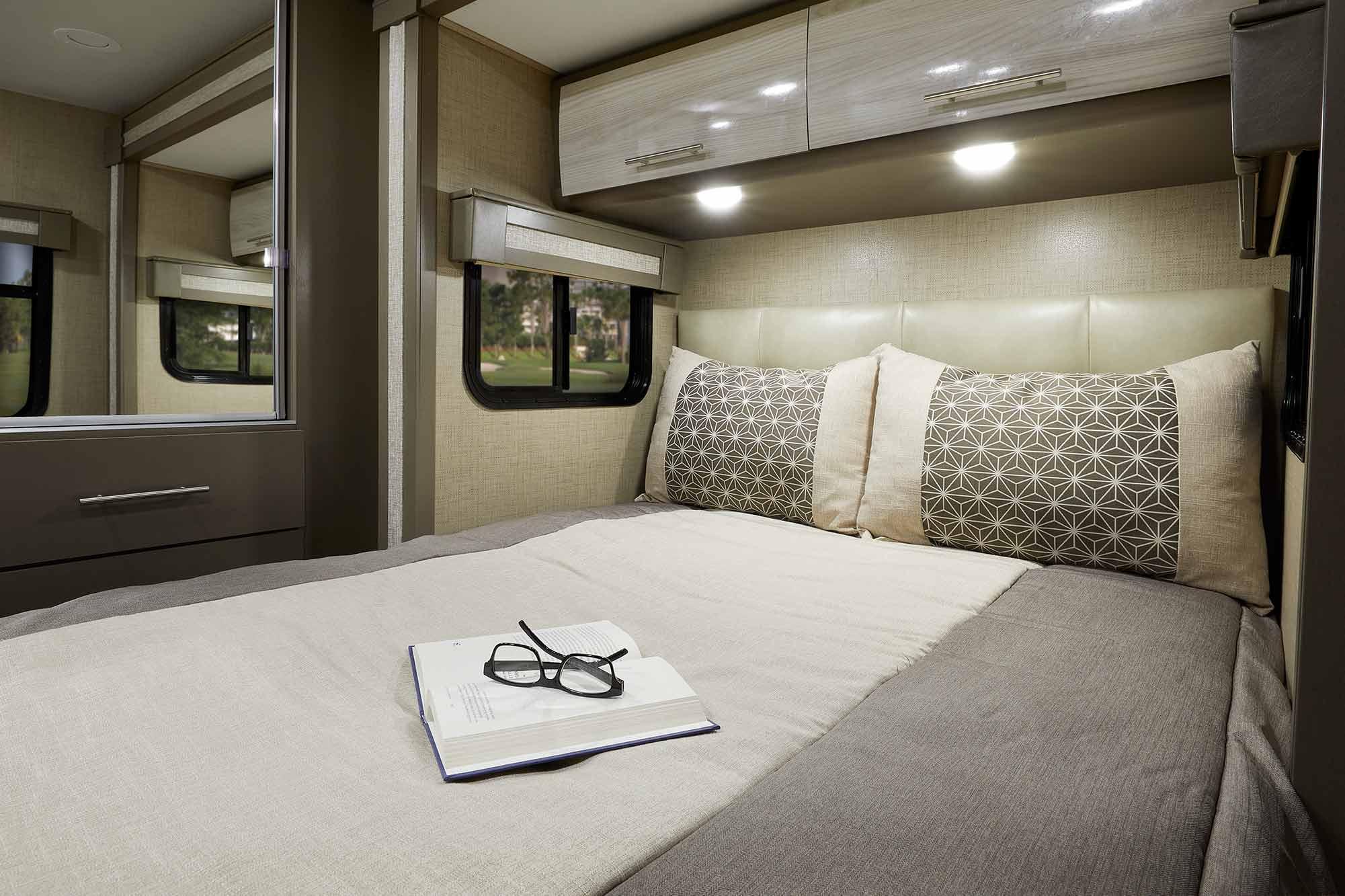 Groovy Compass Ruv Class B Motorhomes Thor Motor Coach Interior Design Ideas Gentotryabchikinfo