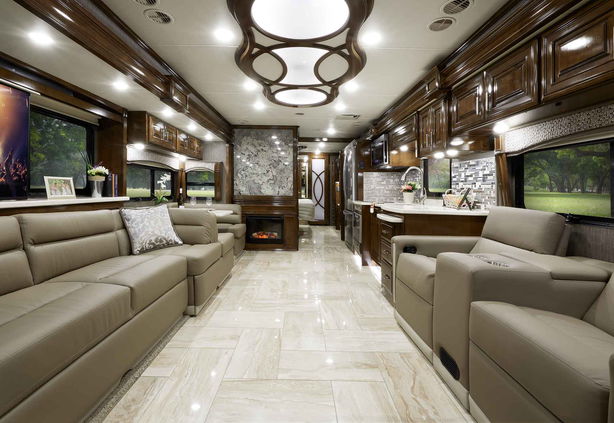 Tuscany Class A Diesel Luxury Motorhome Thor Motor Coach
