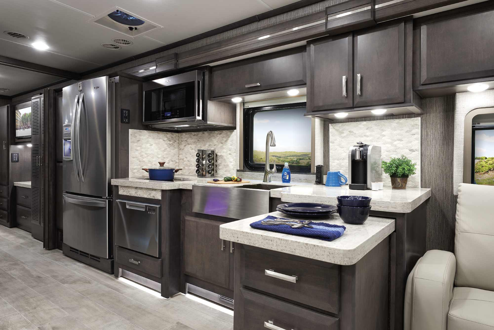 rv thanksgiving class a diesel tuscany interior kitchen