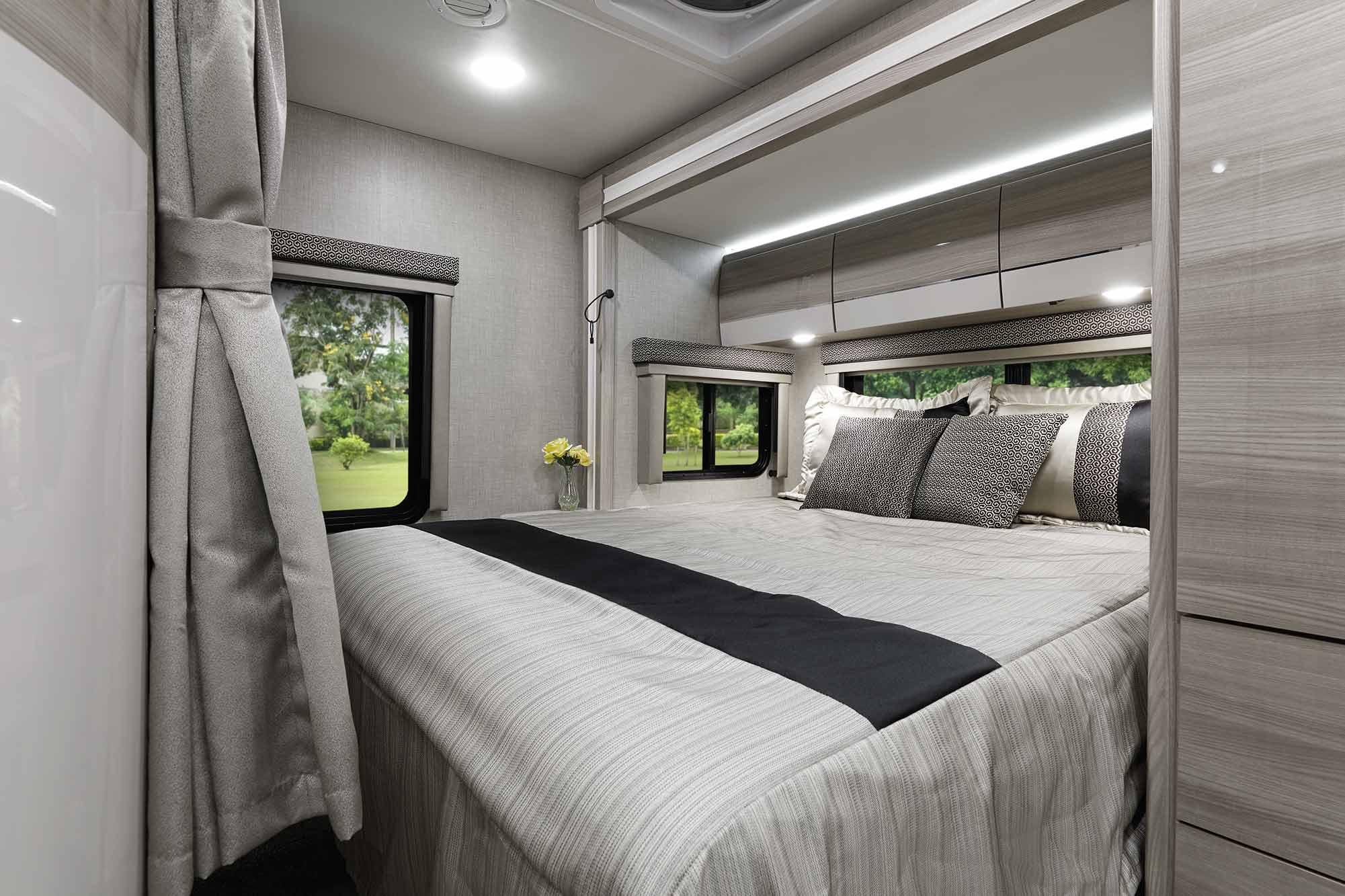 Delano Sprinter Bed