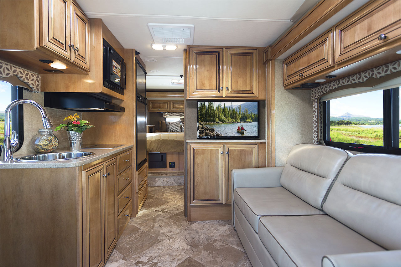 2016 Class C Motorhomes Arriving At Dealerships